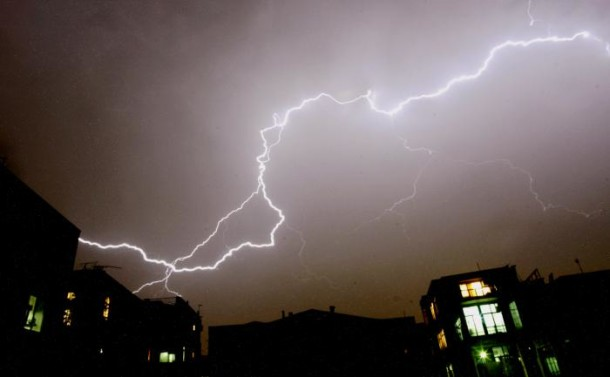 Man-killed-by-lightning-on-South-Florida-beach