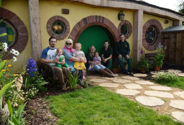 Family-turn-their-home-into-a-Hobbit-House-1-617x420